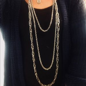 Vintage like new silver color chain necklace love!
